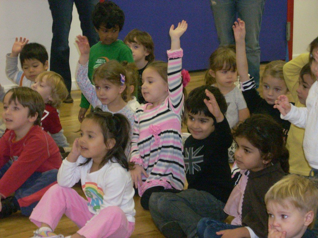 kids-at-ready-set-grow-preschool-nassau-raising-hands1-1024x768.jpg